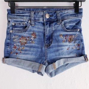 American Eagle Floral Embroidered Hi Rise Shortie